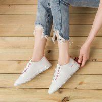 U&R 2017春夏季新款女士懒人小白鞋学生院时尚运动系带透气防滑休闲鞋